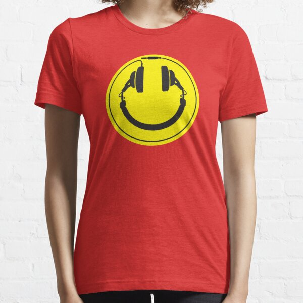 Headphones wire plug Essential T-Shirt