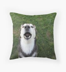 CHEWY LOVES TO SING Throw Pillow
