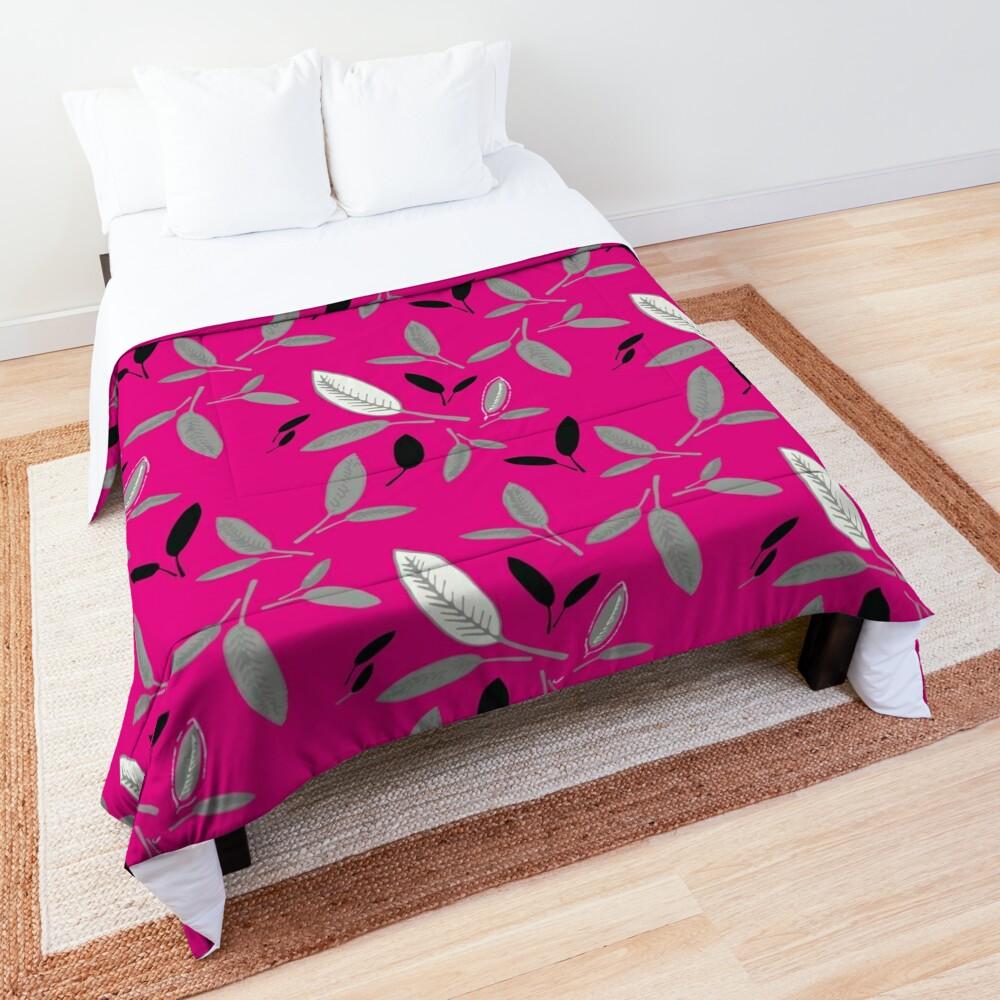 Fushcia Shades of Leaf Comforter