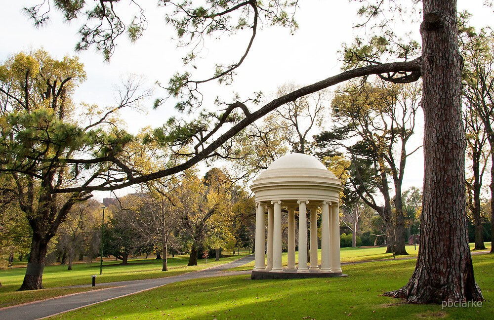 Fitzroy Gardens - Melbourne by pbclarke