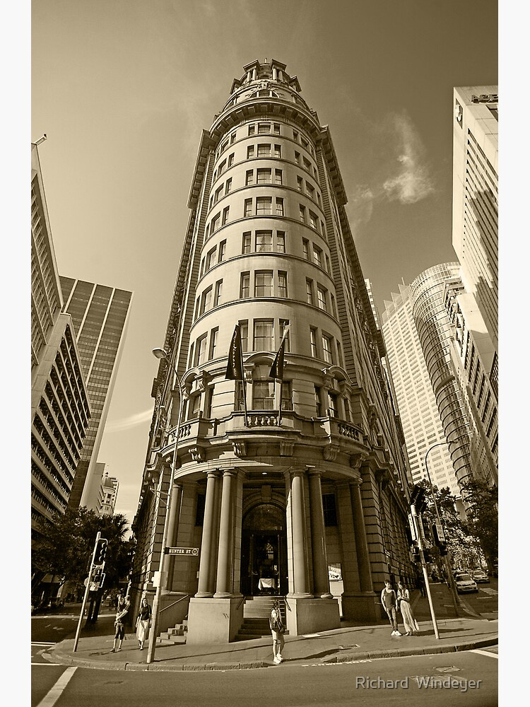 The Old Bank by RICHARDW