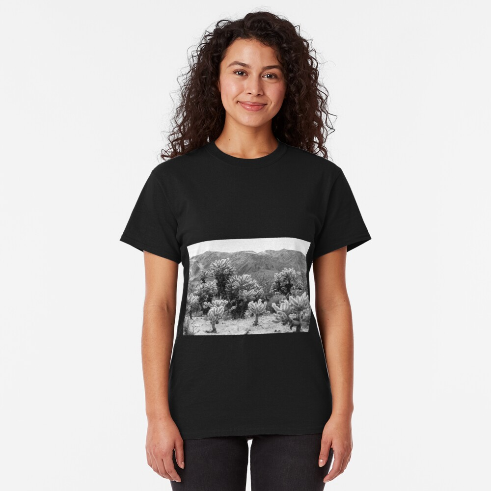Super Bloom Paradise Joshua Tree 7375 Classic T-Shirt