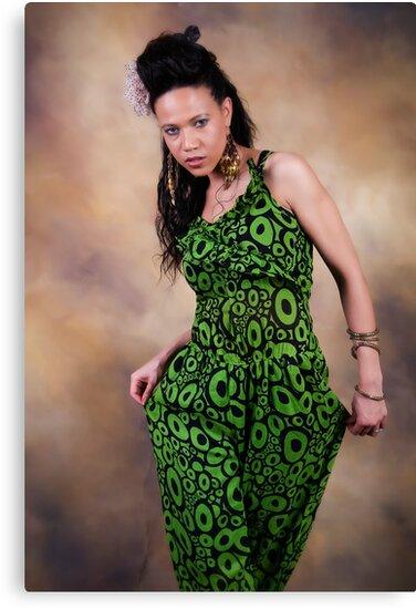 La Mode (Fashion) by Froggie