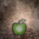 Agate Apple by Jessica Fittock