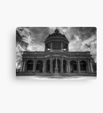 Soldiers Memorial Hall Canvas Print