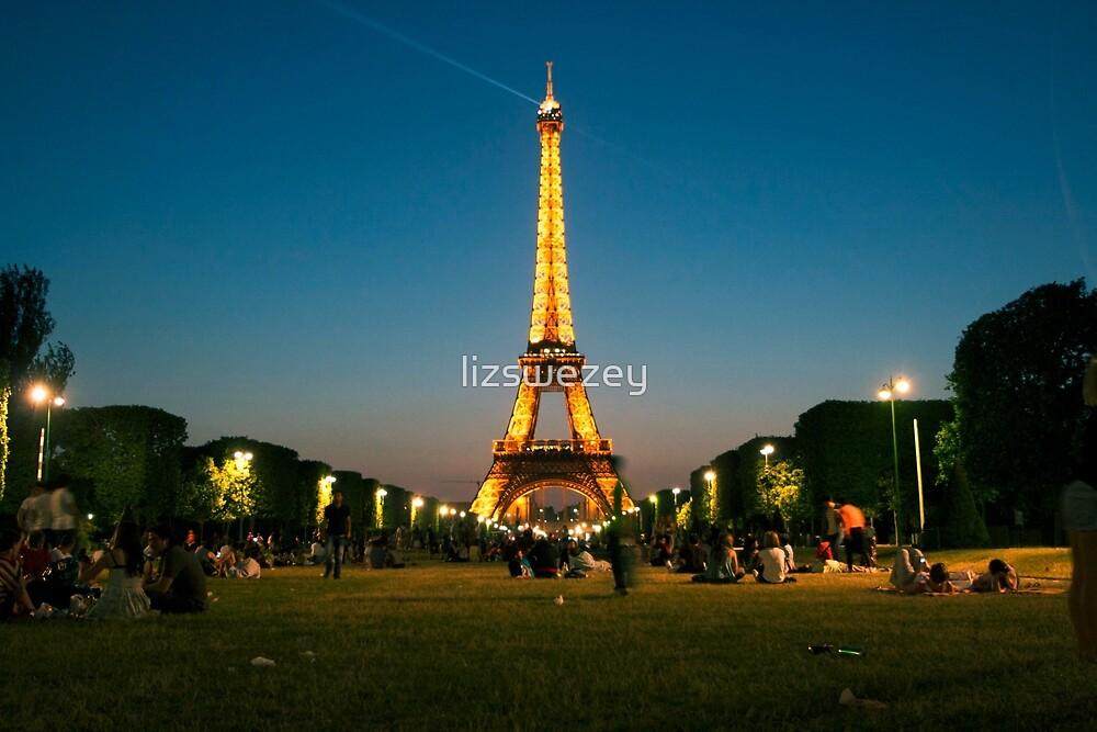 Eiffel Tower by lizswezey
