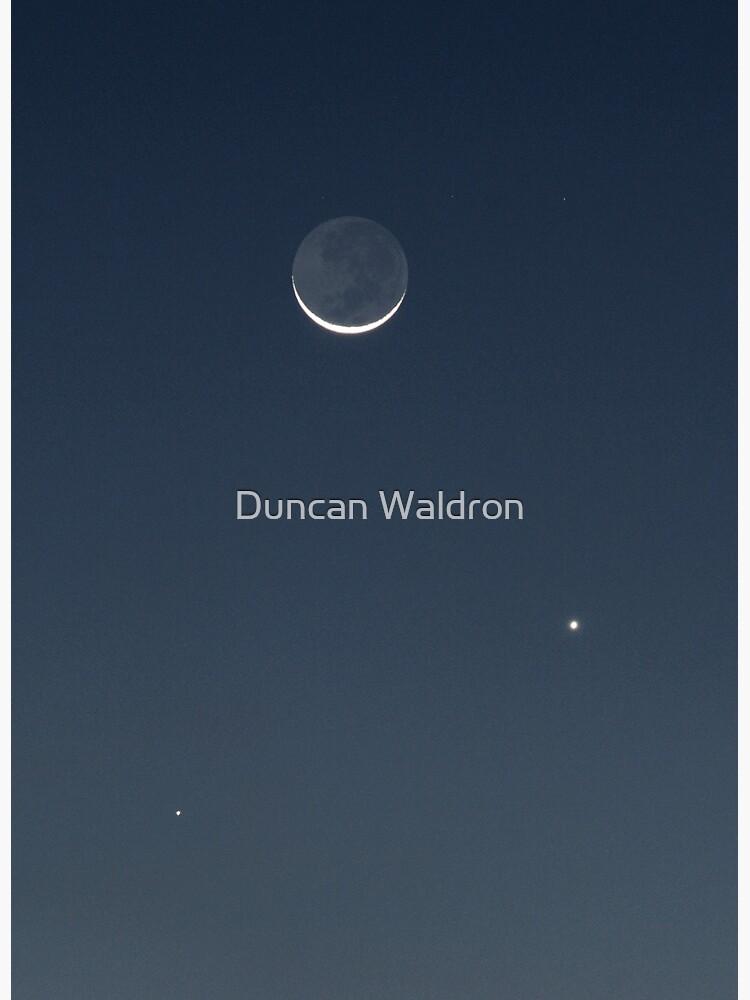 Moon, Mercury & Venus in conjunction by DuncanW