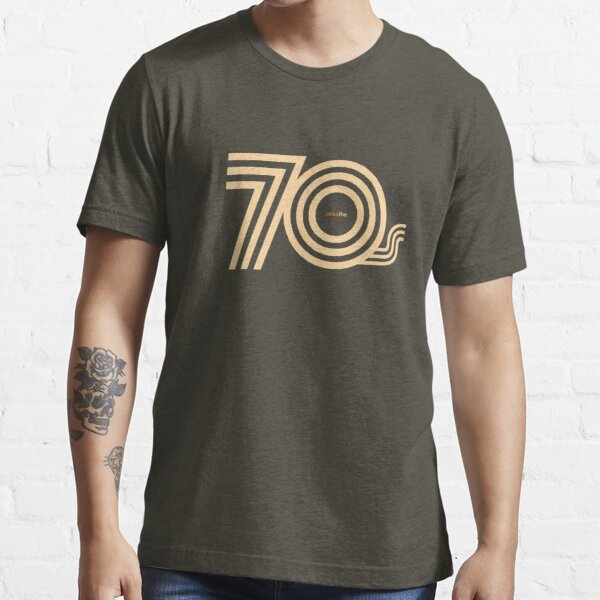 Born in the 70's Essential T-Shirt