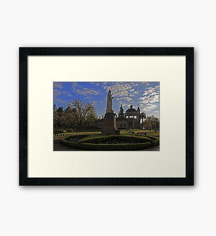 Queen Victoria Statue-Bendigo Framed Print