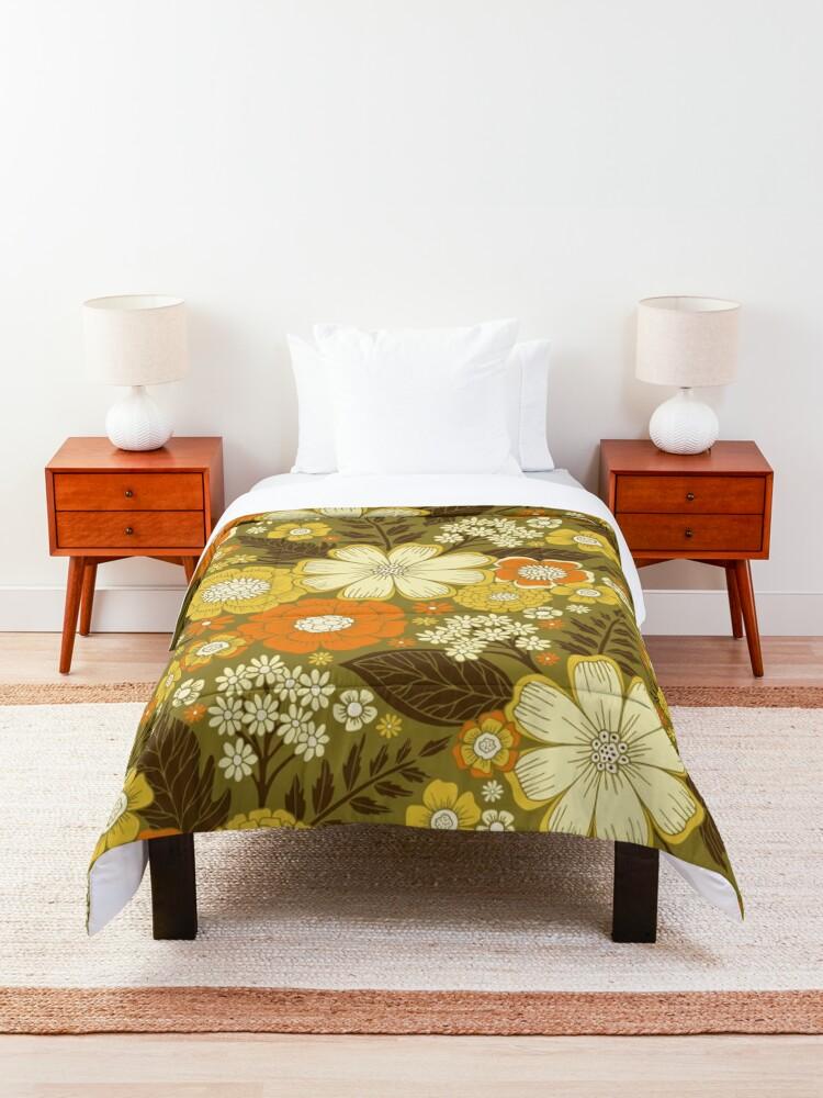 Alternate view of 1970s Retro/Vintage Floral Pattern Comforter