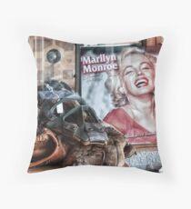 Marilyn memorabelia Throw Pillow