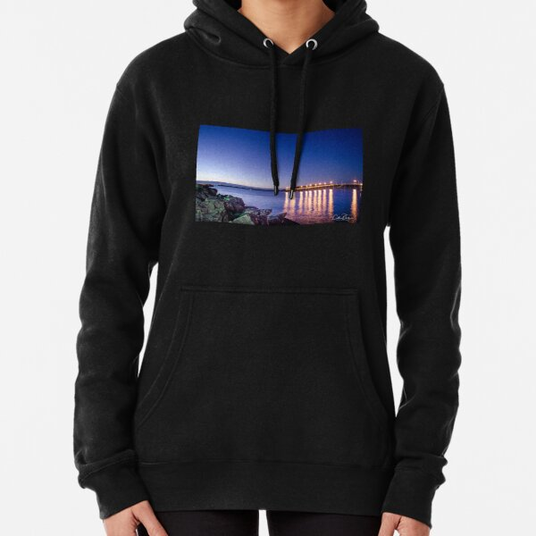 Coffs Harbour Jetty Sunrise Pullover Hoodie