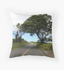 LONE UPCOUNTRY TREE Throw Pillow