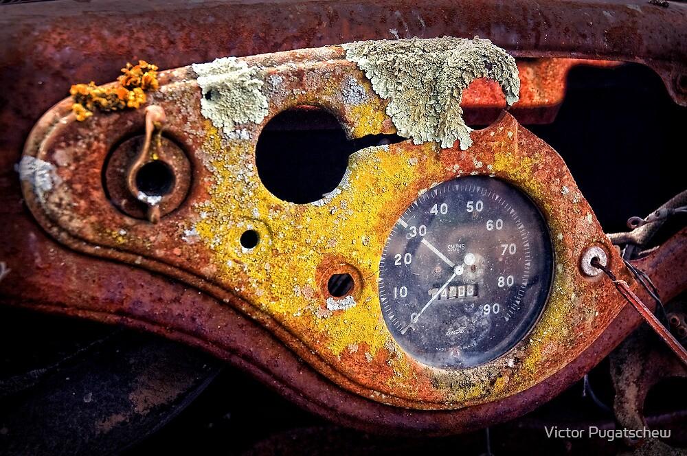 Rusty Car by Victor Pugatschew
