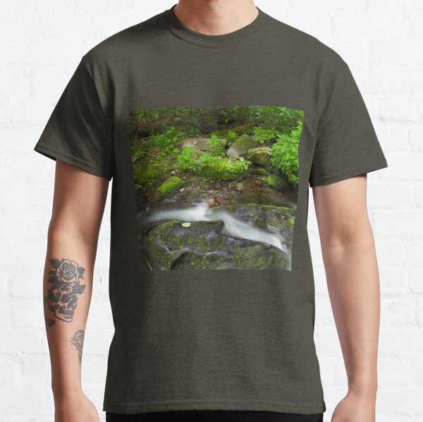 Small Pleasures      Classic T-Shirt