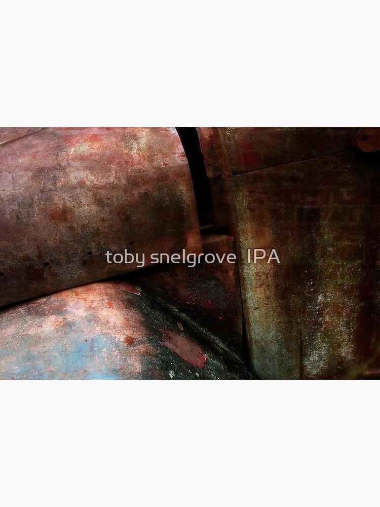 Rusty Truck by tobysnelgrove