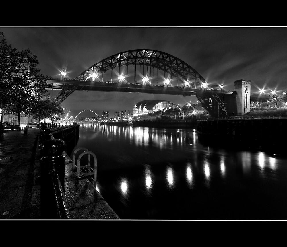River Tyne Night Shot, Newcastle Upon Tyne by Philip  Whittaker