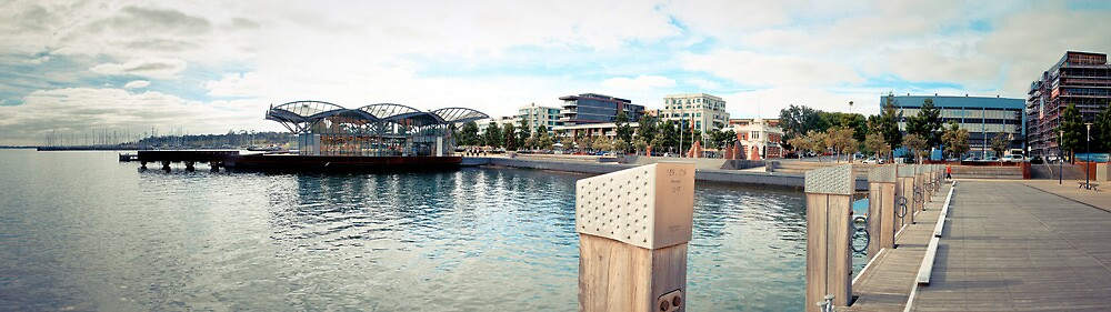 Geelong Foreshore Panorama by Russell Charters