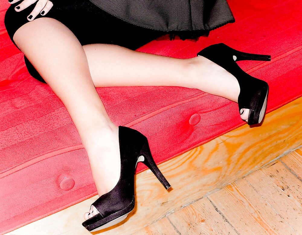 High black heels by Peppedam
