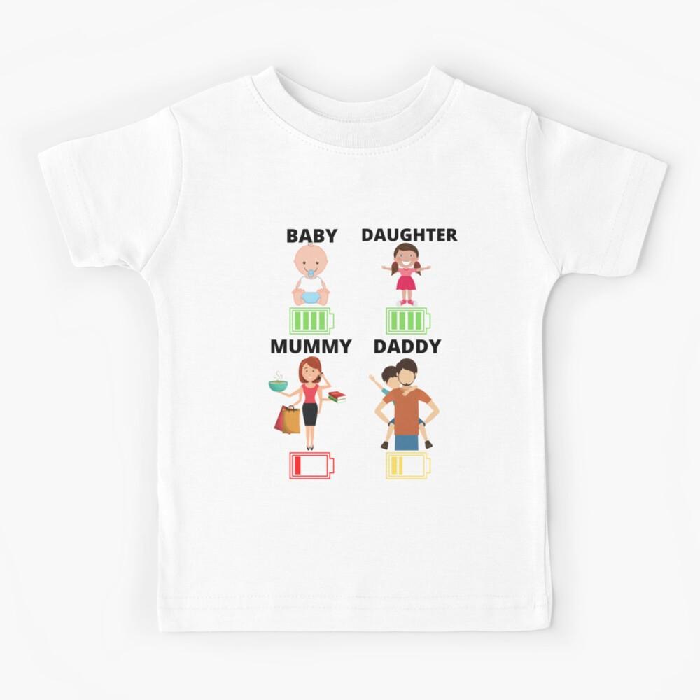 MUMMY DADDY BATTERY UNISEX T-SHIRT AGE 1//2-3XL FUNNY FAMILY NOVELTY GIFT FUN