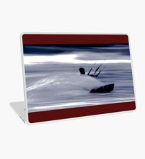 Kitesurfing - Riding the Waves in a Blur of Speed Laptop Skin