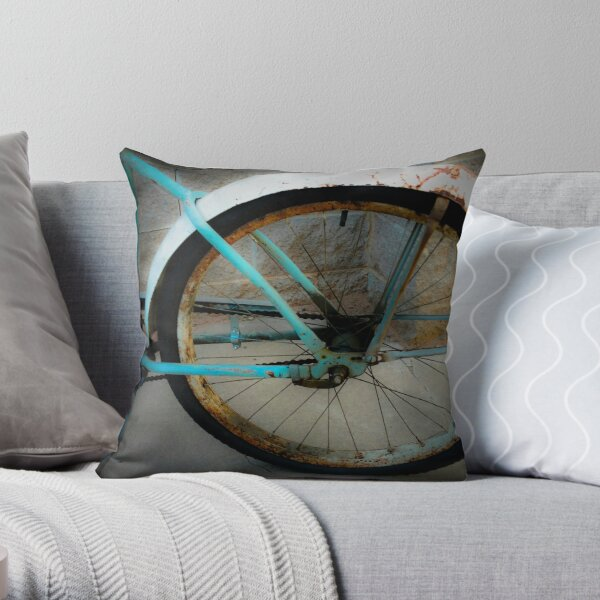 Vintage bicycle, old school bike Throw Pillow