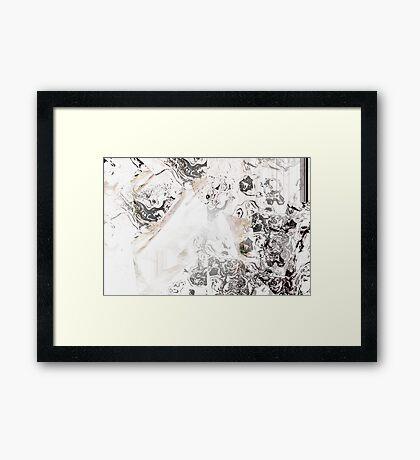 Générique Framed Print