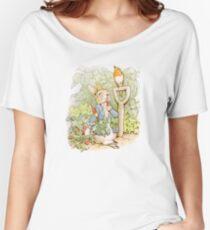 Peter Rabbit Steals Carrots Women's Relaxed Fit T-Shirt