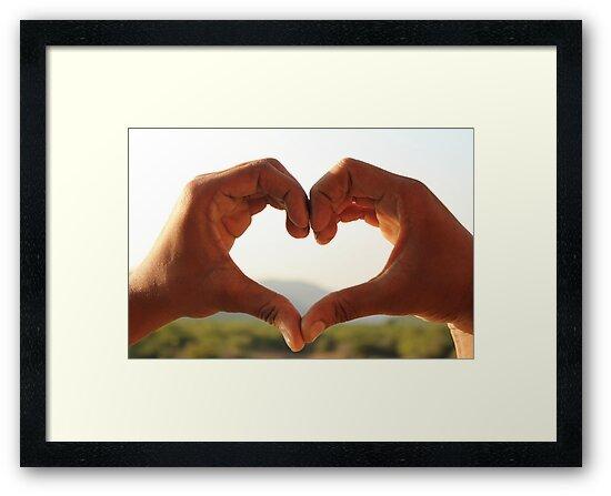 heart -love by artsyashi
