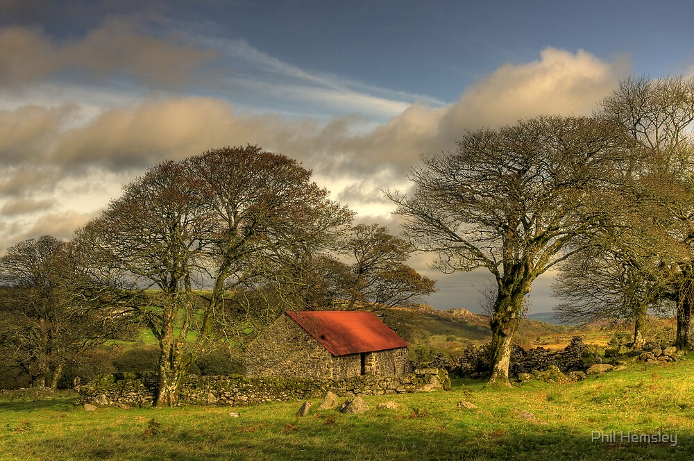 Emsworthy Barn by phil hemsley