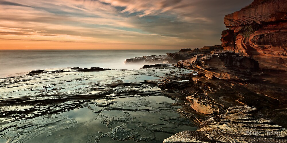 Red Cliffs by Mark  Lucey