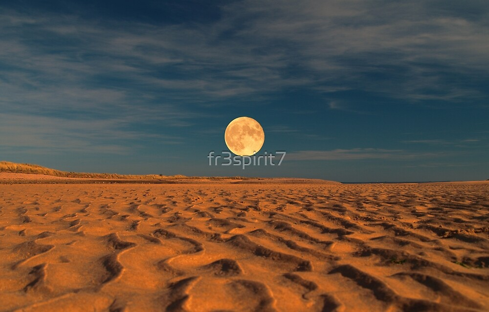 Moon across the Sands by fr3spirit7