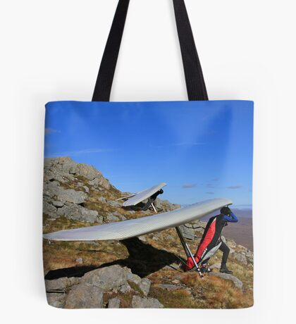 Keen  to Launch Tote Bag
