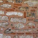 White stone, red brick, pink mortar (Topkapı Sarayı) by Marjolein Katsma