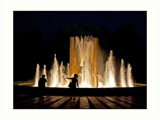 SHADOWS IN THE NIGHT PEOPLE LIGHT AND FOUNTAIN by Byzas