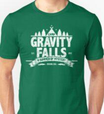 Camp Gravity Falls (getragenes Aussehen) Slim Fit T-Shirt