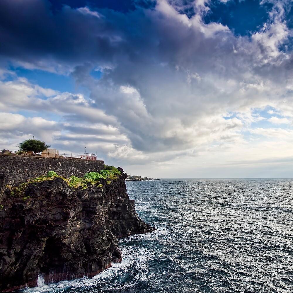 Una terrazza sul mare by Andrea Rapisarda