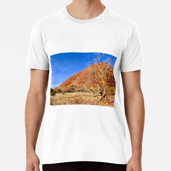 Tree at Kata Tjuta, The olgas, NT Australia Premium T-Shirt