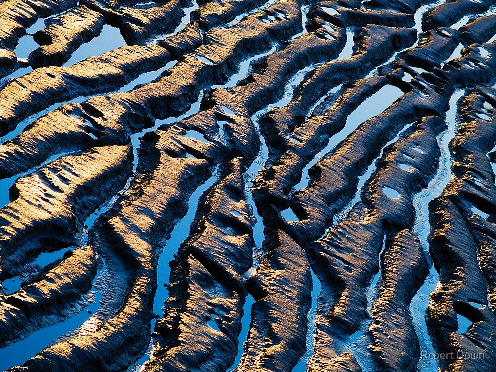 Wave patterns by Robert Down