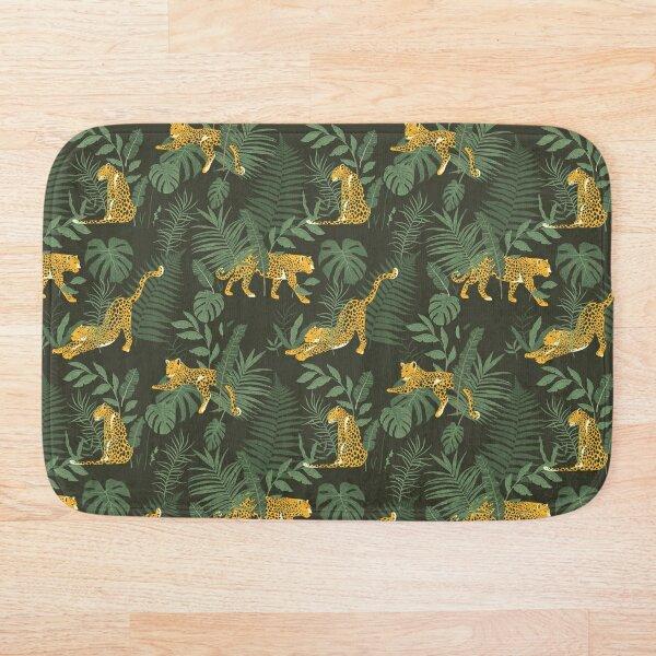 Leopard in the jungle Pattern Bath Mat