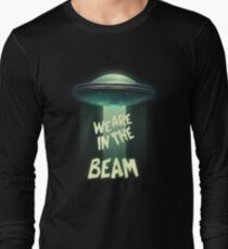 WE ARE IN THE BEAM! - Team Fortress 2 T-Shirt