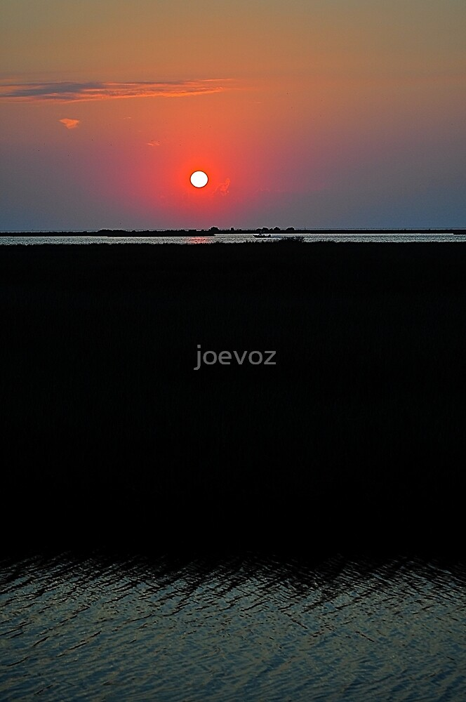 Sunset on the Gulf of Mexico by joevoz