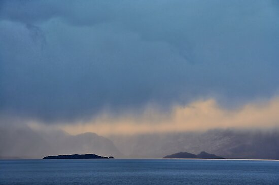 Islands and Cloud by Peter Hammer