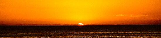 Sunrise at Cronulla by Kutay Photography