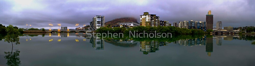 High Tide in the City by Stephen  Nicholson