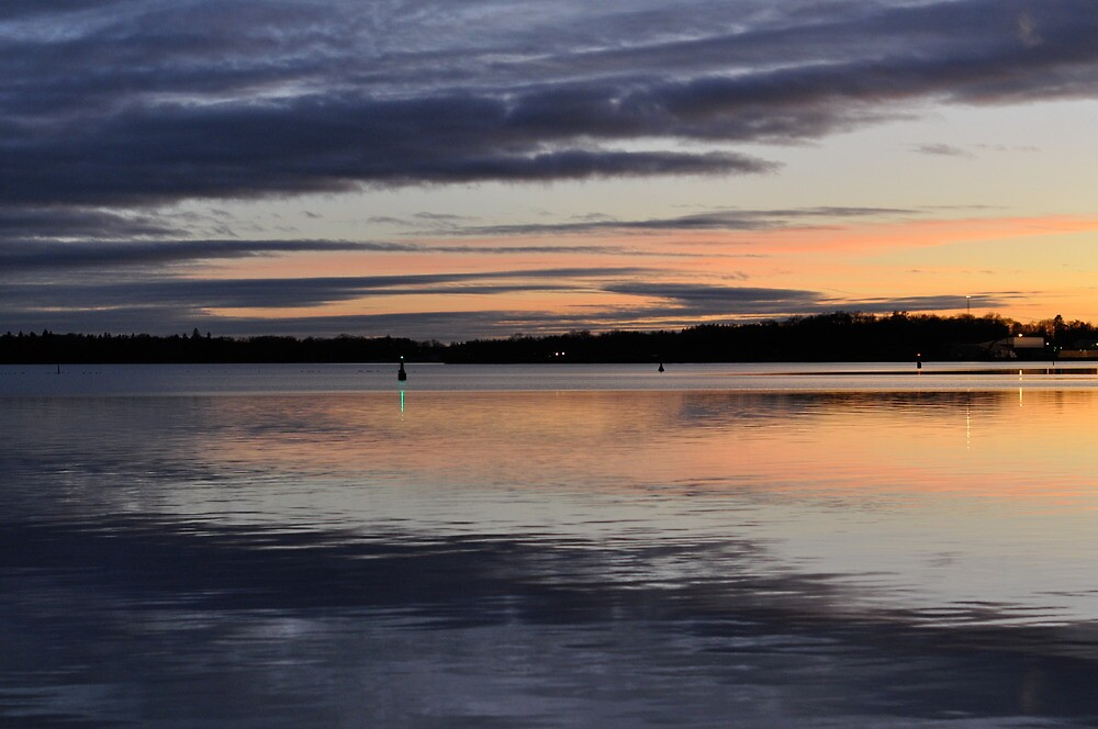 evening breeze by Jari Hudd