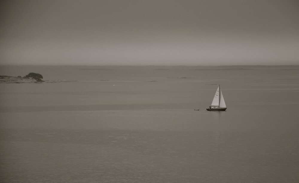 lonely sailor by Jari Hudd