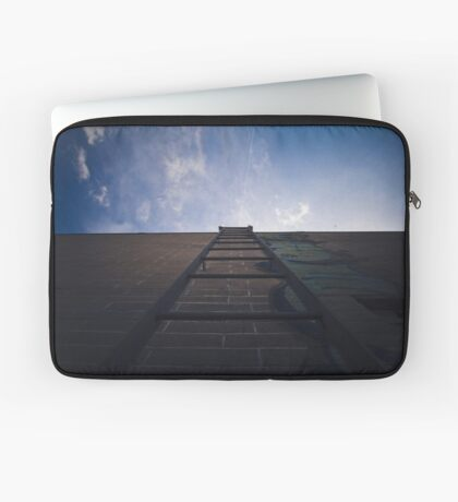 Above and Beyond  Laptoptasche