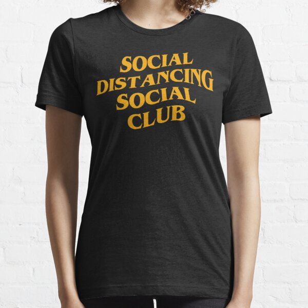 Social distancing social club Essential T-Shirt