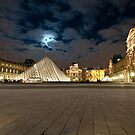 Night at the Paris Louvre by ferryvn